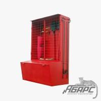Стенд противопожарный закрытого типа с сеткой с ящиком для песка 0,5 м3